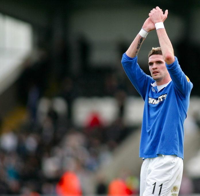 Kyle Lafferty to Rangers