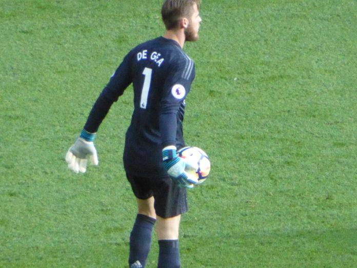 Dean Henderson or David De Gea Man United