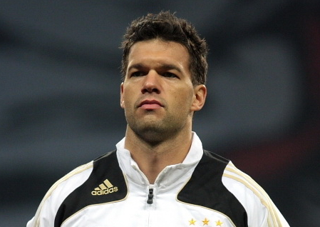Michael Ballack roots for England