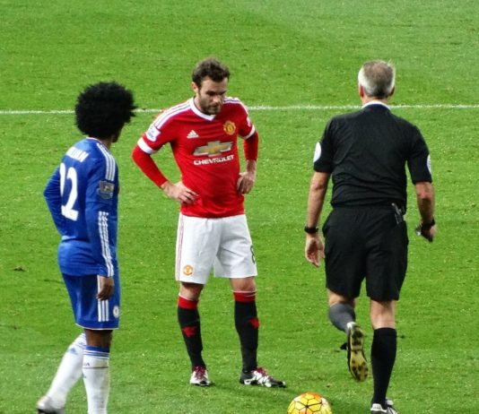 Juan Mata and Willian Chelsea and Man United